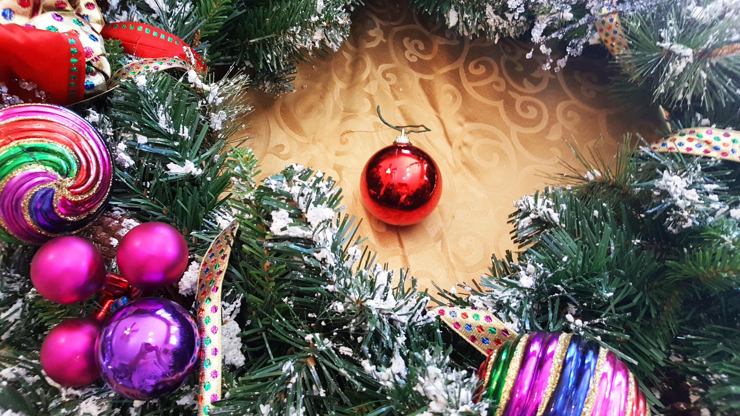 Christmas Wreath Step 2