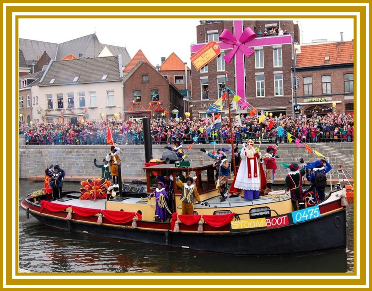Sinterklass arrives in town for Christmas while riding a boat. | OrnamentShop.com