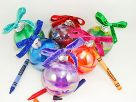 Crayons-Ornament-Featured-S