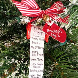 DIY Christmas List Ornament | OrnamentShop.com