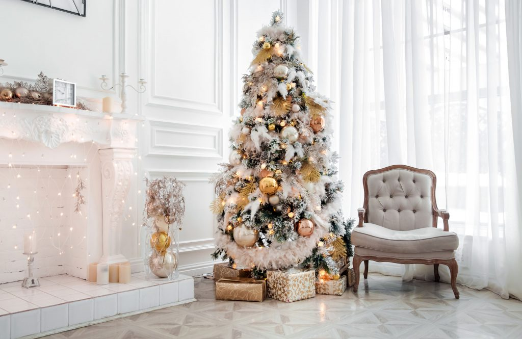 a white and gold christmas tree theme including beautiful gold ornaments ornamentshopcom