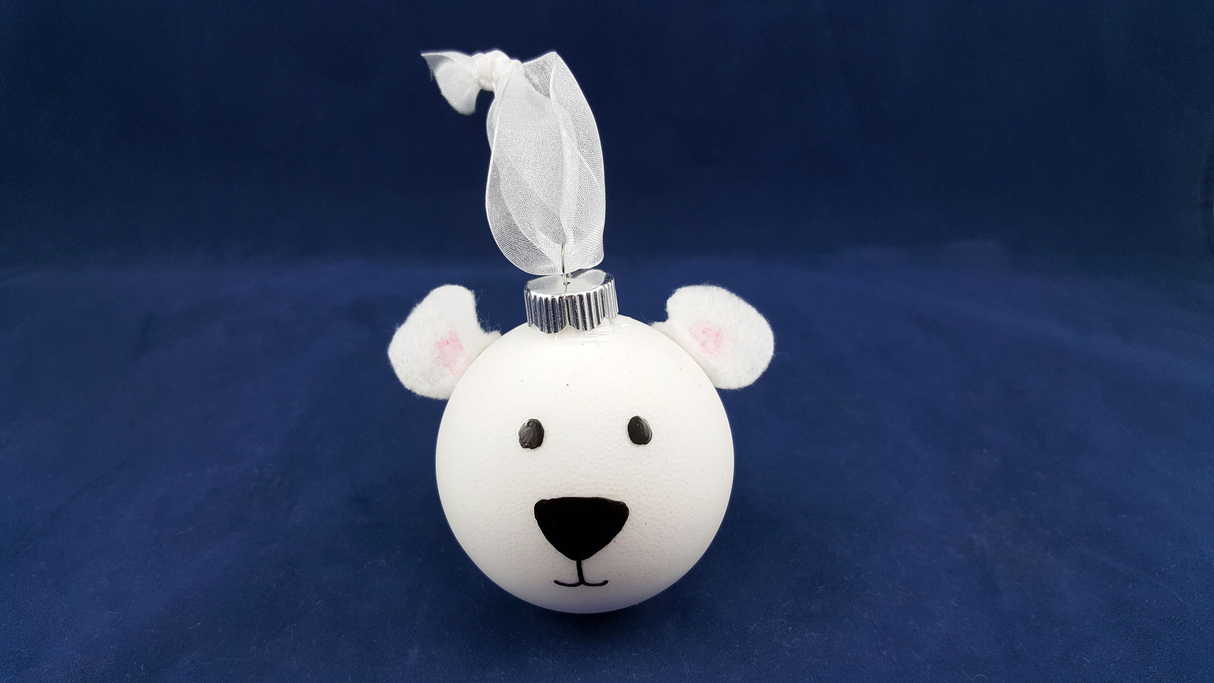 An adorable DIY Polar Bear Ornament Christmas Craft. | OrnamentShop.com