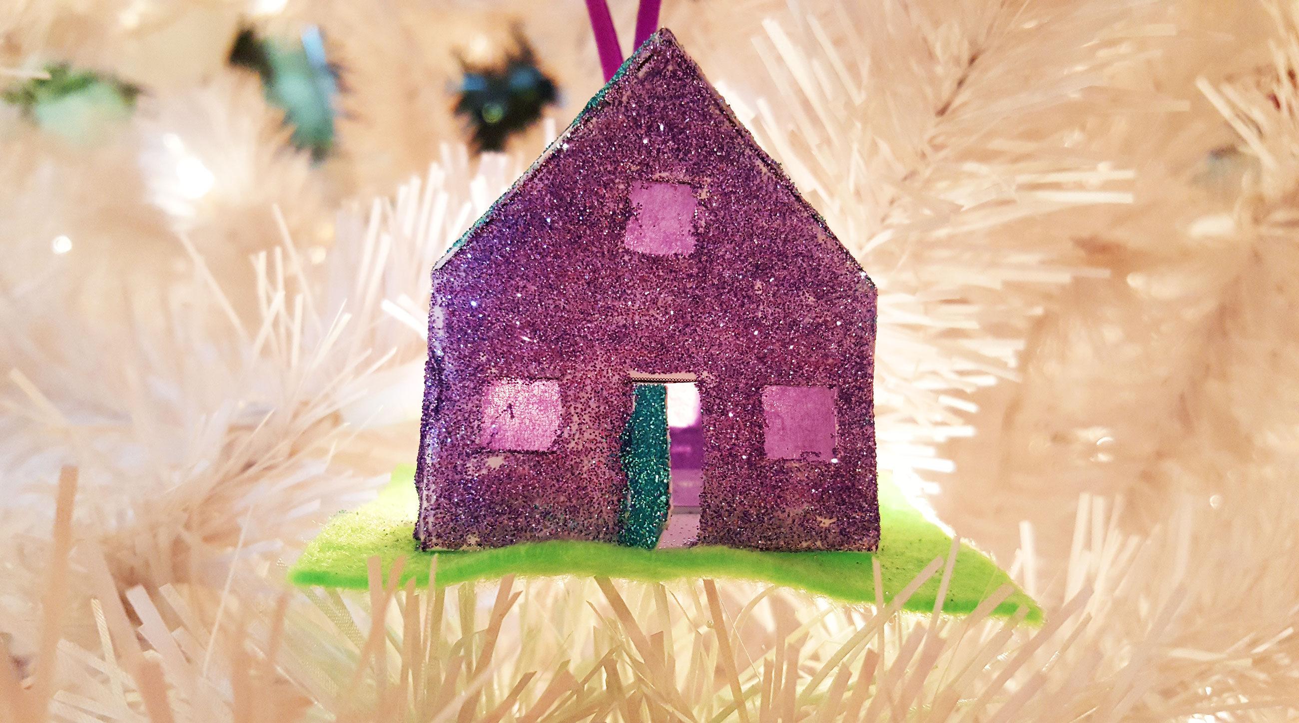 Completed Paper House Ornament | OrnamentShop.com