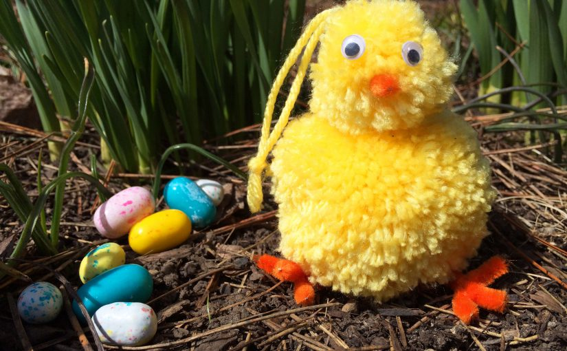 Finished DIY Easter Chick Ornament in the Grass | OrnamentShop.com