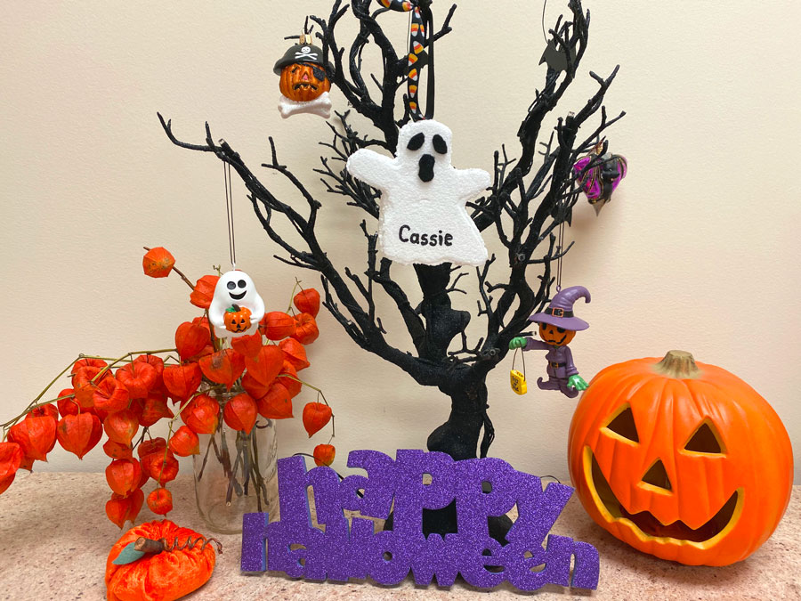 Ghost Ornament on Halloween Tree Display | OrnamentShop.com