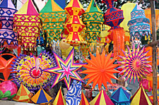 Christmas Decorations & Celebrations around the World