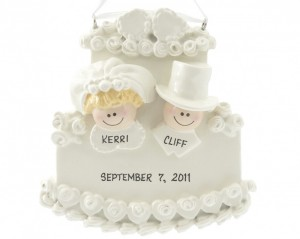Bride-Groom-on-Cake