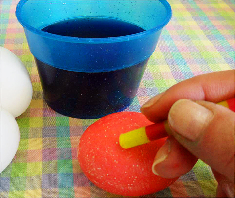 Step-5a-Dyed-Easter-Eggs
